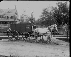 """""""C.T. Leavitt Ice"""" Delivery Truck on South Street, Hingham"""
