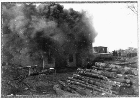 Fire at the Wilder Bucket Factory, Easter 1902 (Photo: Hingham Historical Society)